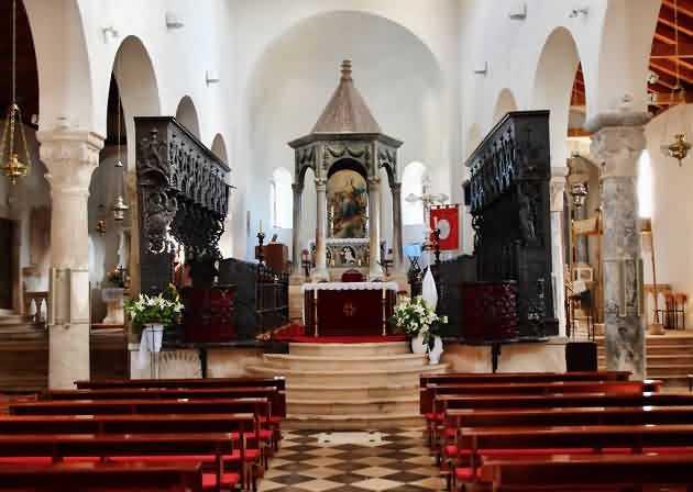 Zupna Crkva Uznesenja Blazene Djevice Marije Rab Povijest